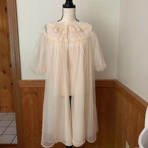 Other - Vintage robe